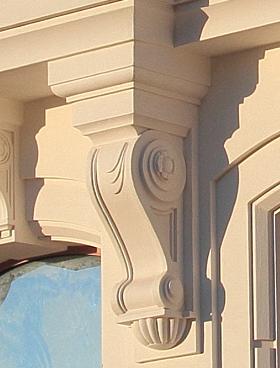 лепной кронштейн фасад