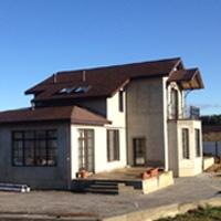 фасад дома без декоративных элементов